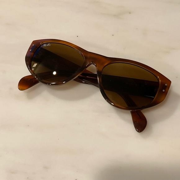 Ray-Ban Cat Eyes Sunglasses Tortoise Auburn Lenses